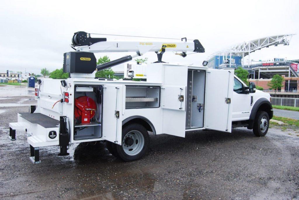 Palfinger PAL Pro 43 International CV mechanics truck