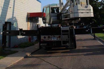Manitowoc National Crane NBT55L Crane Boom Truck