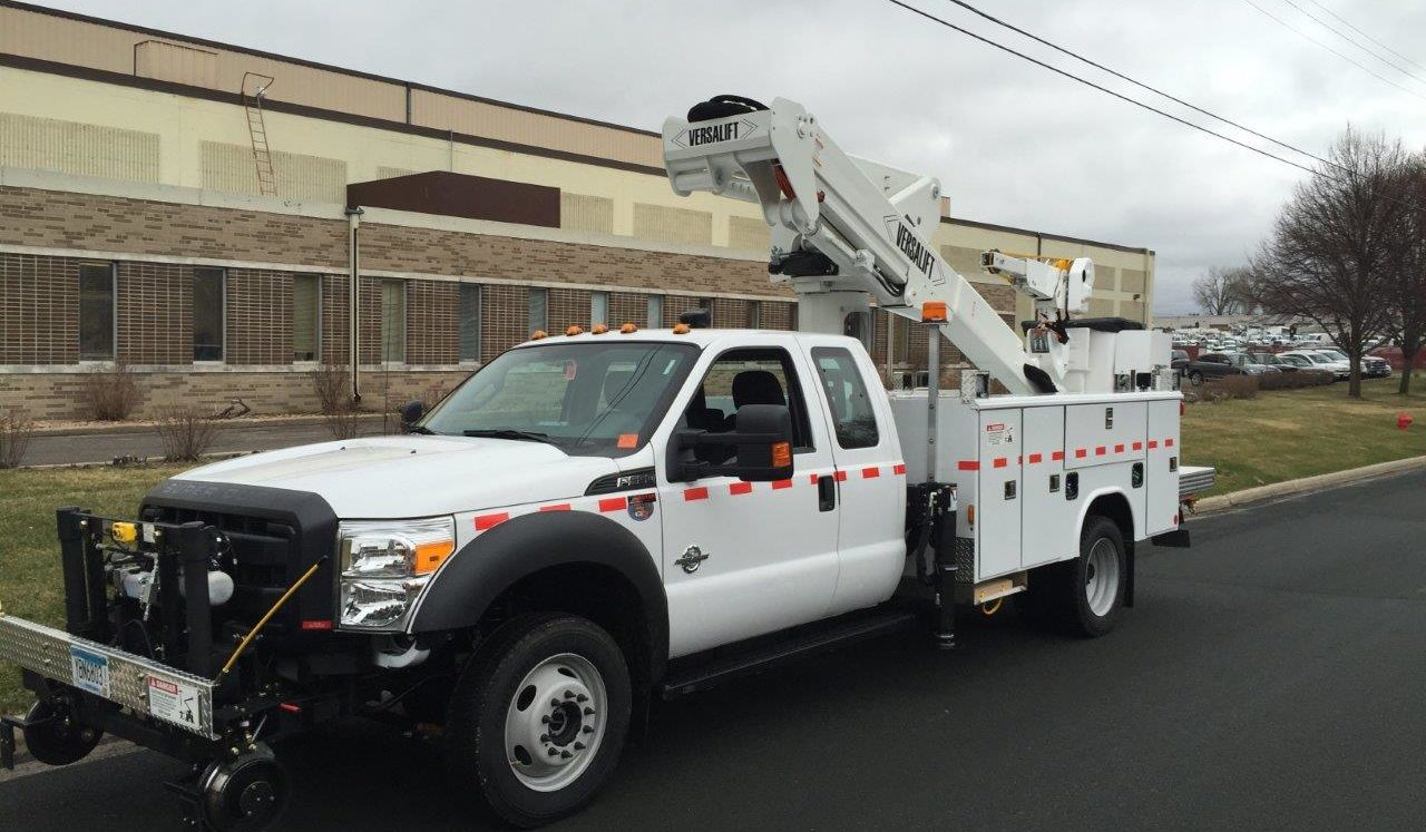 Hi-rail Versalift aerial truck