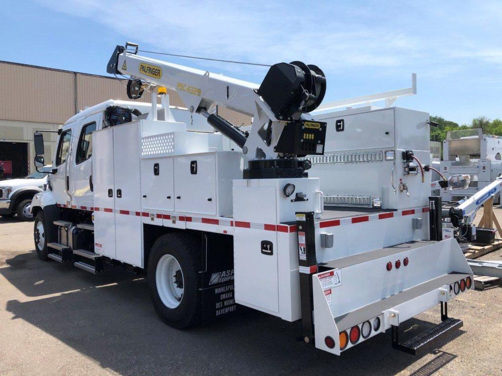 Purpose-built railroad welding truck with crane
