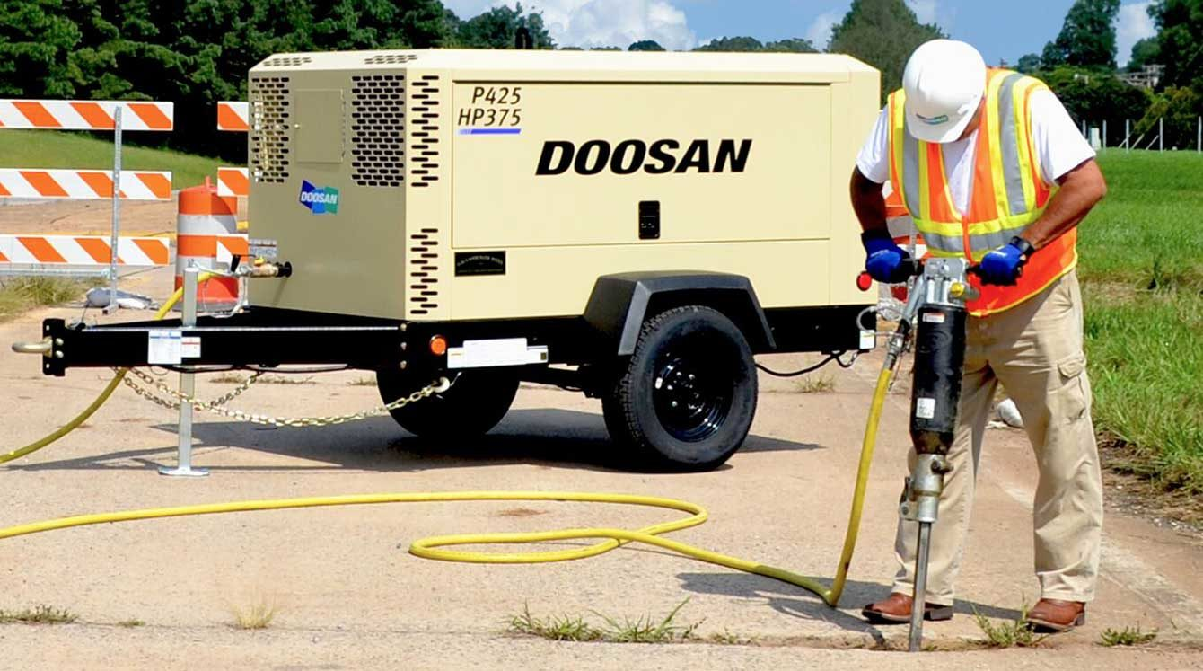 Doosan dual pressure construction air compressor
