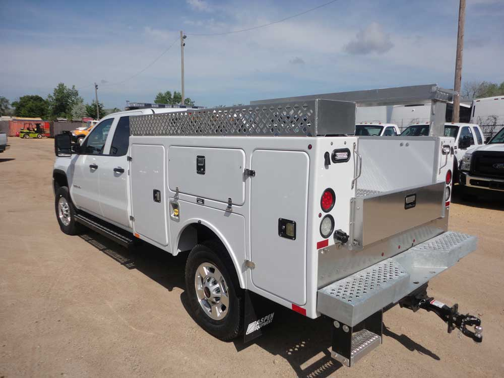 Reading aluminum enclosed truck body with integrated I-pack