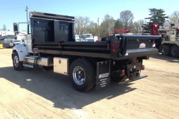 Henderson Mark IV series dump body with split fold-down contractor sides
