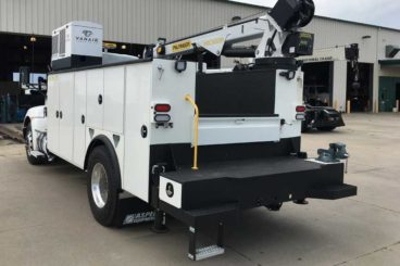 VanAir Air-N-Arc diesel-powered all-in-one compressor, welder, hydraulic source unit