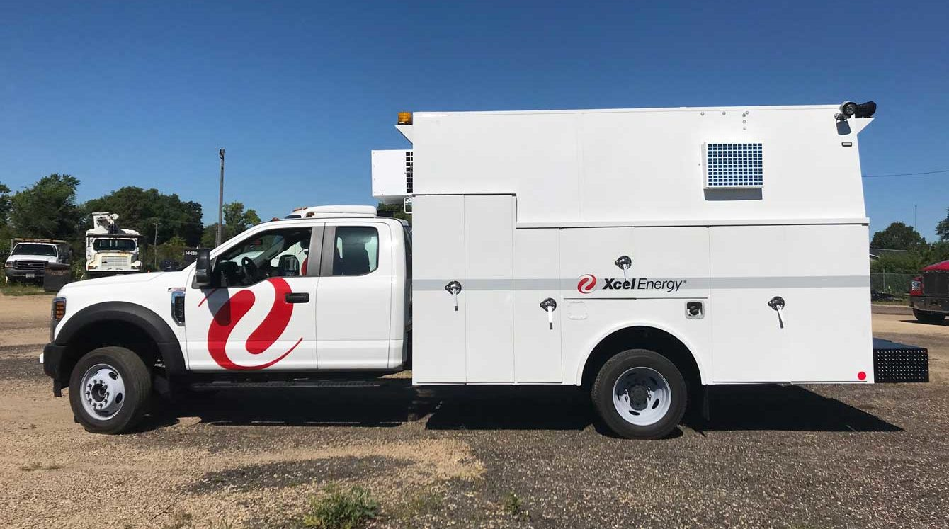 Reading aluminum enclosed utility body equipped with underground maintenance HVAC system