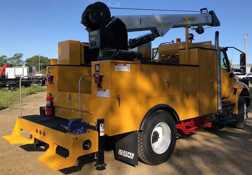 Purpose-built mechanics truck for sale with Palfinger service crane, air compressor and accessories
