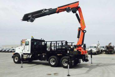 Palfinger PK33002EH articulating crane with purpose-built body