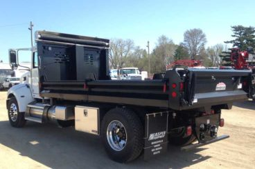 Henderson MKIV series dump truck body with fold-down contractor sides
